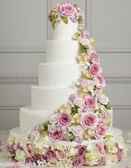 tartas de boda con varios pisos