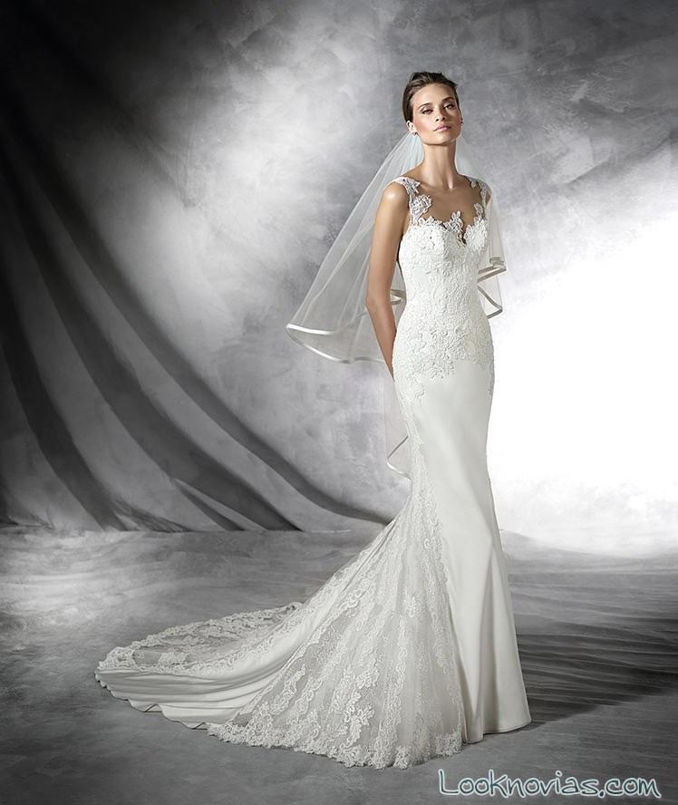 traje de novia pronovias con encajes y tirantes