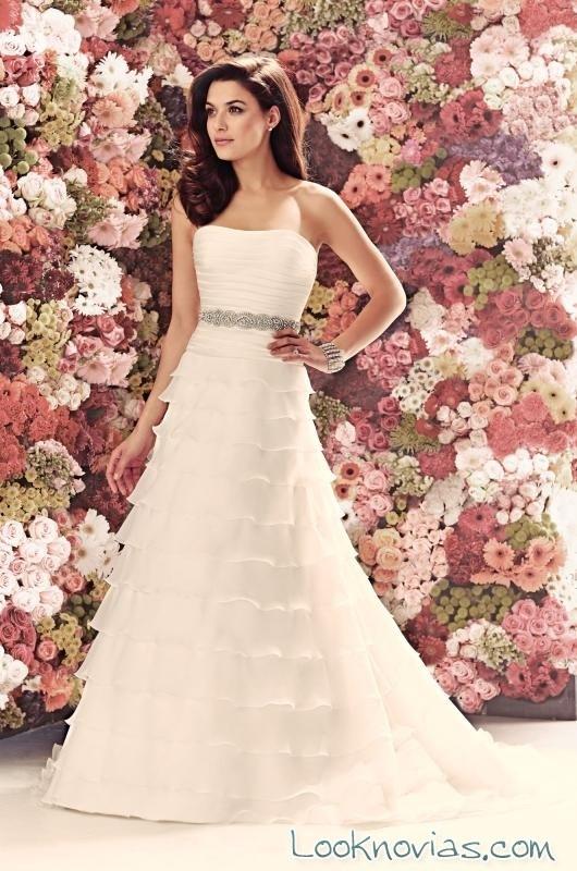 vestido con tirantes de corte evasé mikaella bridal