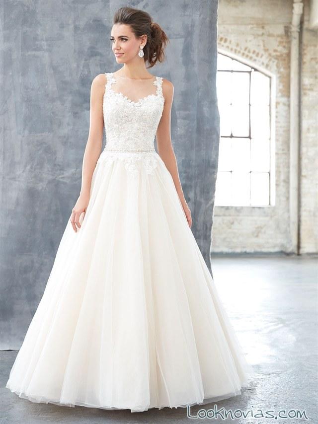 vestido con volumen de novia madison james