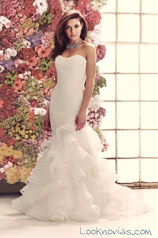vestido corte sirena con volantes de mikaella bridal