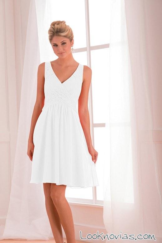 vestido corto para novia con falda evasé