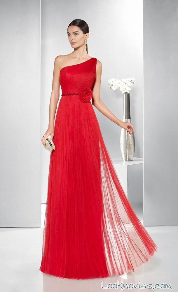 vestido de fiesta color rojo gasa