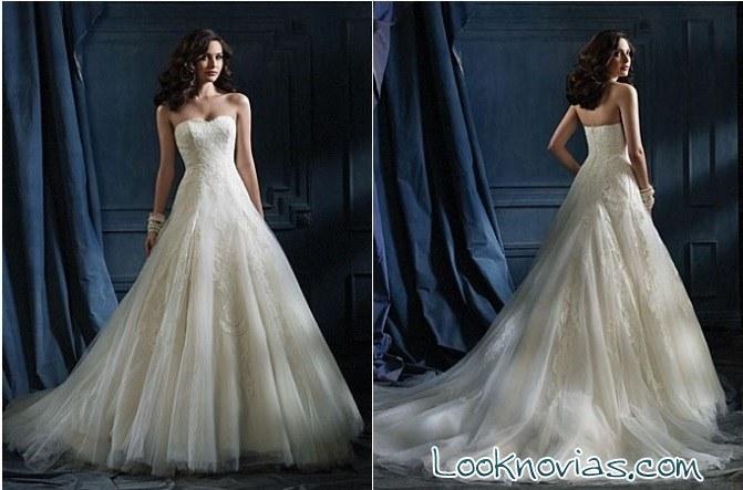 vestido de novia con cola XXL