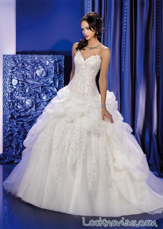 vestido de novia con corpiño de cadera