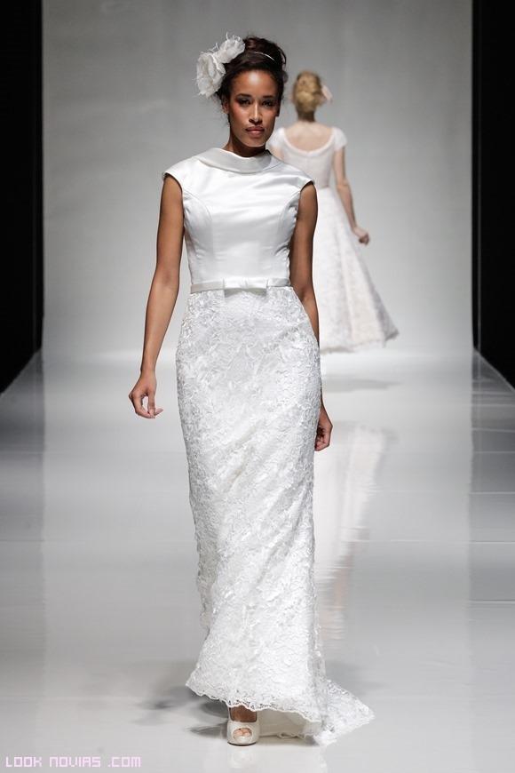 vestidos de novia con falda recta y manga corta