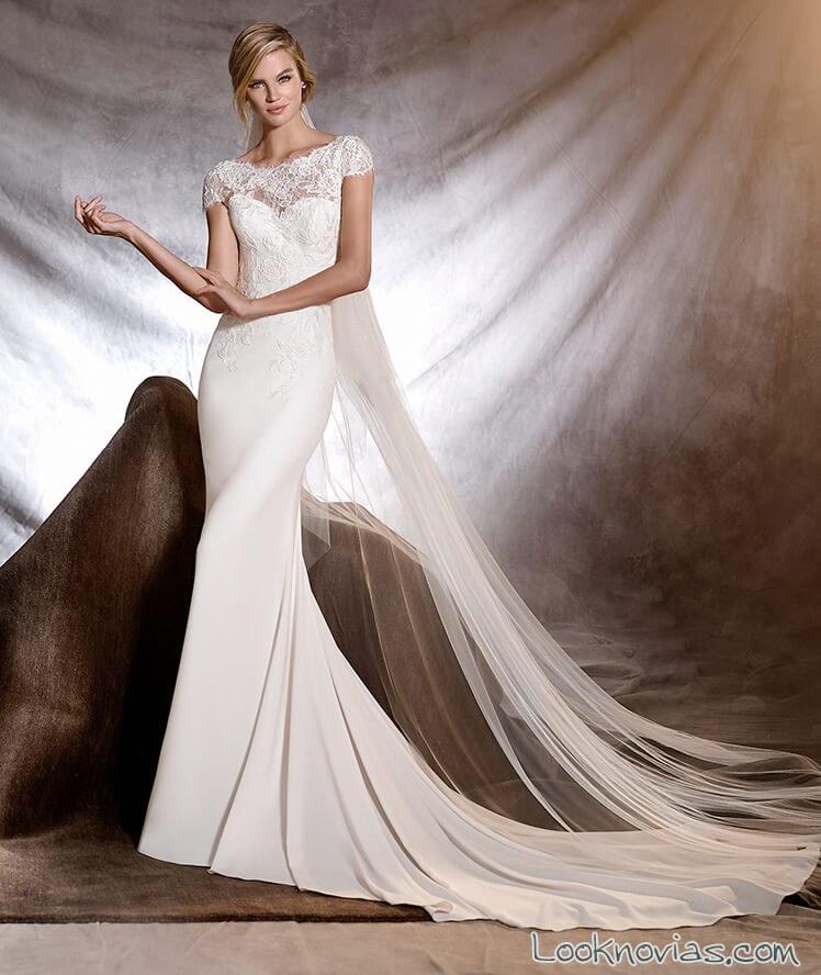vestido de novia con escote fantasía pronovias 2017