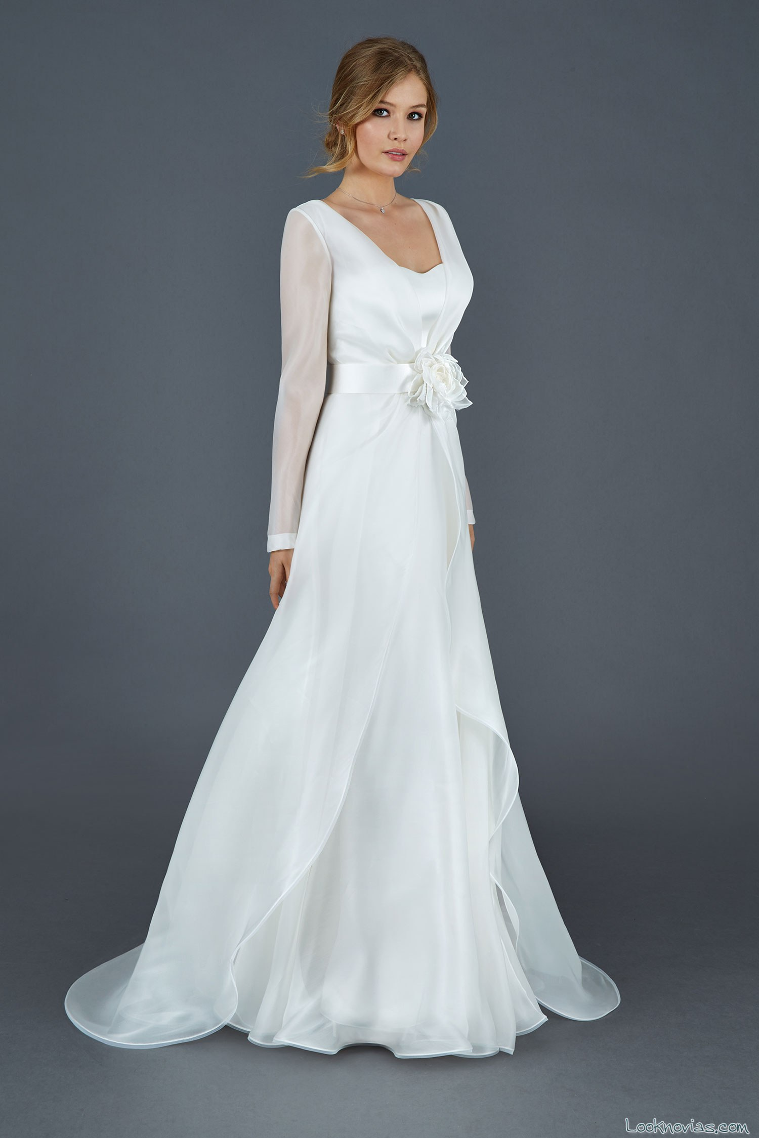 vestido de novia con manga larga 2016