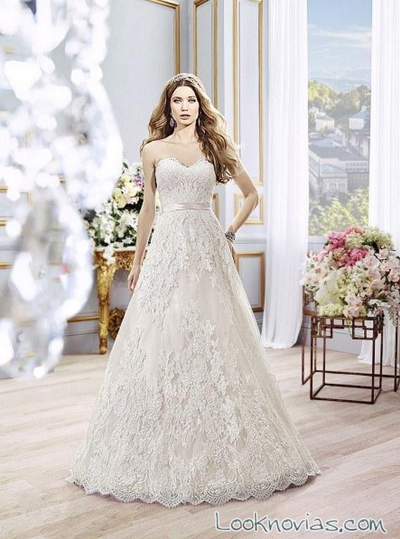 vestido de novia evasé moonlight