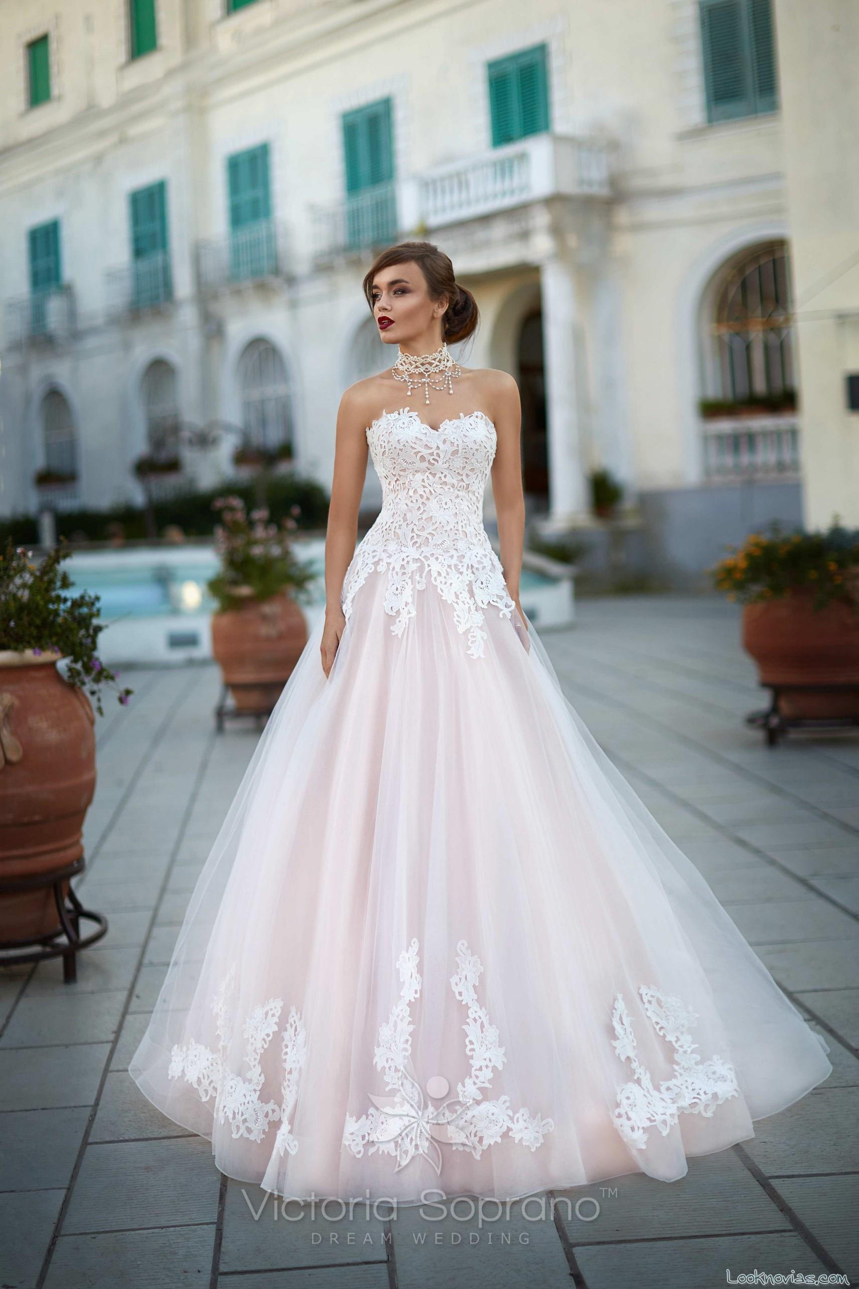 vestido de novia evasé victoria soprano