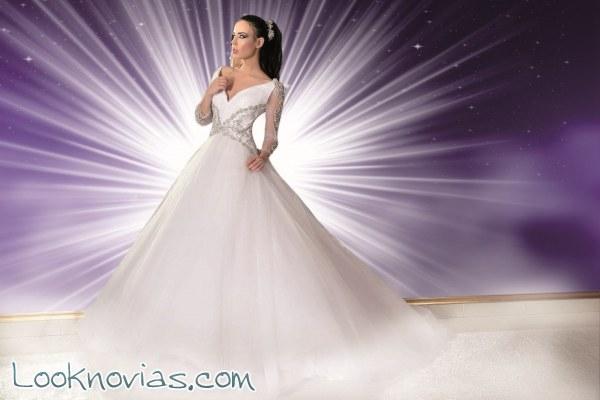 Paola D´Onofrio nos deslumbra con estos vestidos