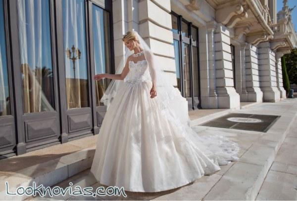 Espectaculares vestidos de novia que te enamorarán