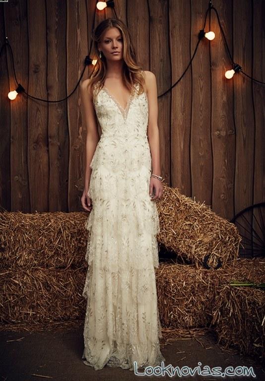 vestido de novia recto volantes