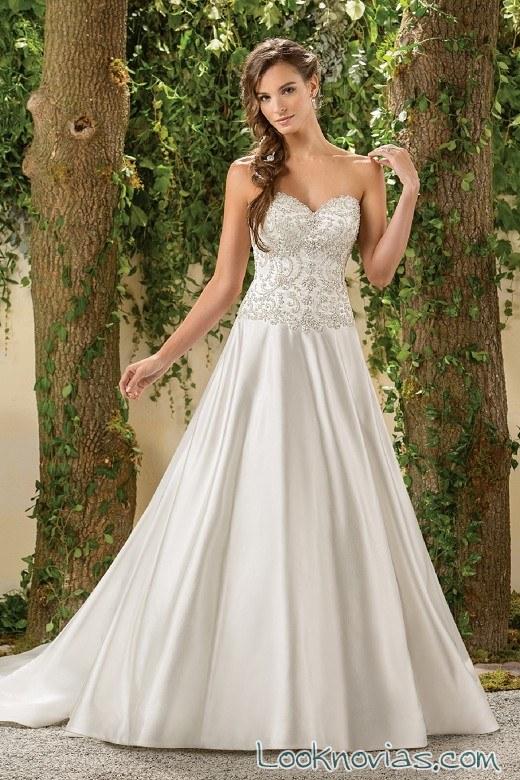 vestido de novia satinado con corpiño