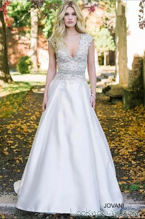 vestido falda lisa tirantes encajes novias