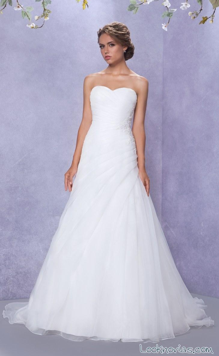vestido gino cerruti de novia con drapeados
