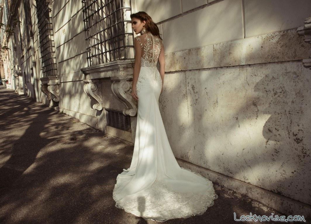vestido julie vino con escote en espalda