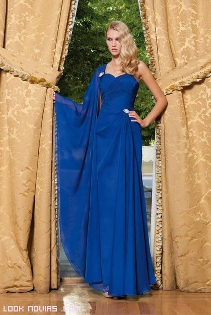 vestido de gasa en color azul
