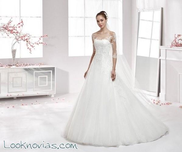 aurora, una colección de novia muy romántica