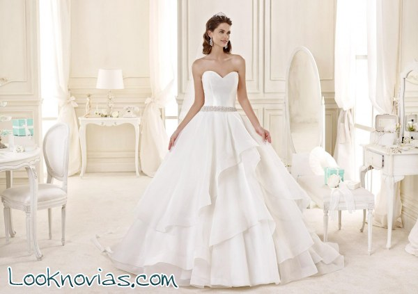 Tres vestidos de Nicole Sposa