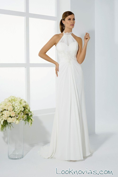 Peinado para novia vestido cuello halter