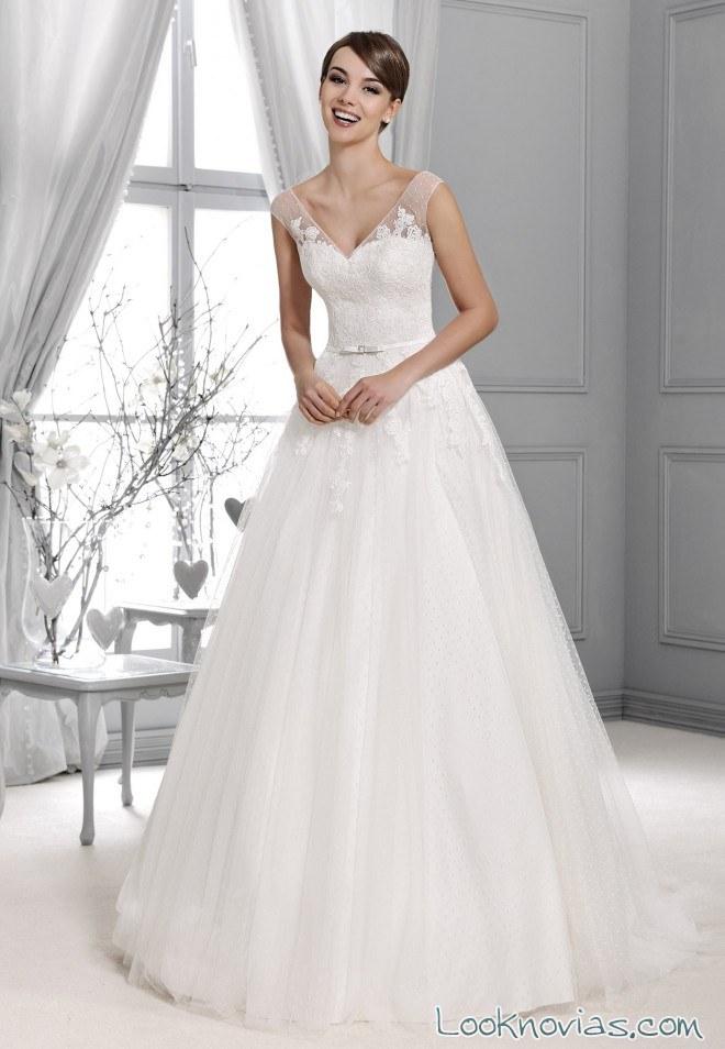 vestido novia capas en color blanco