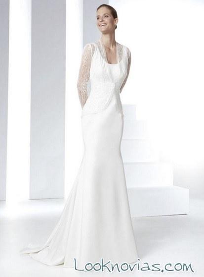 vestido novia con capa de tul