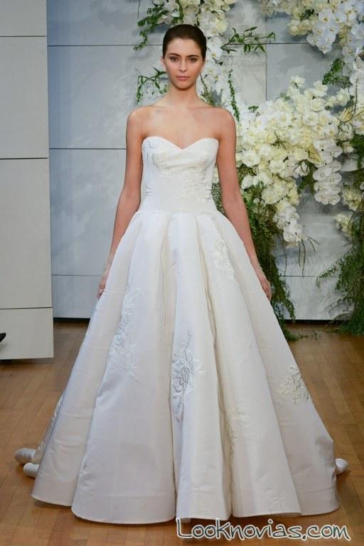 vestido novia falda volumen sencilla