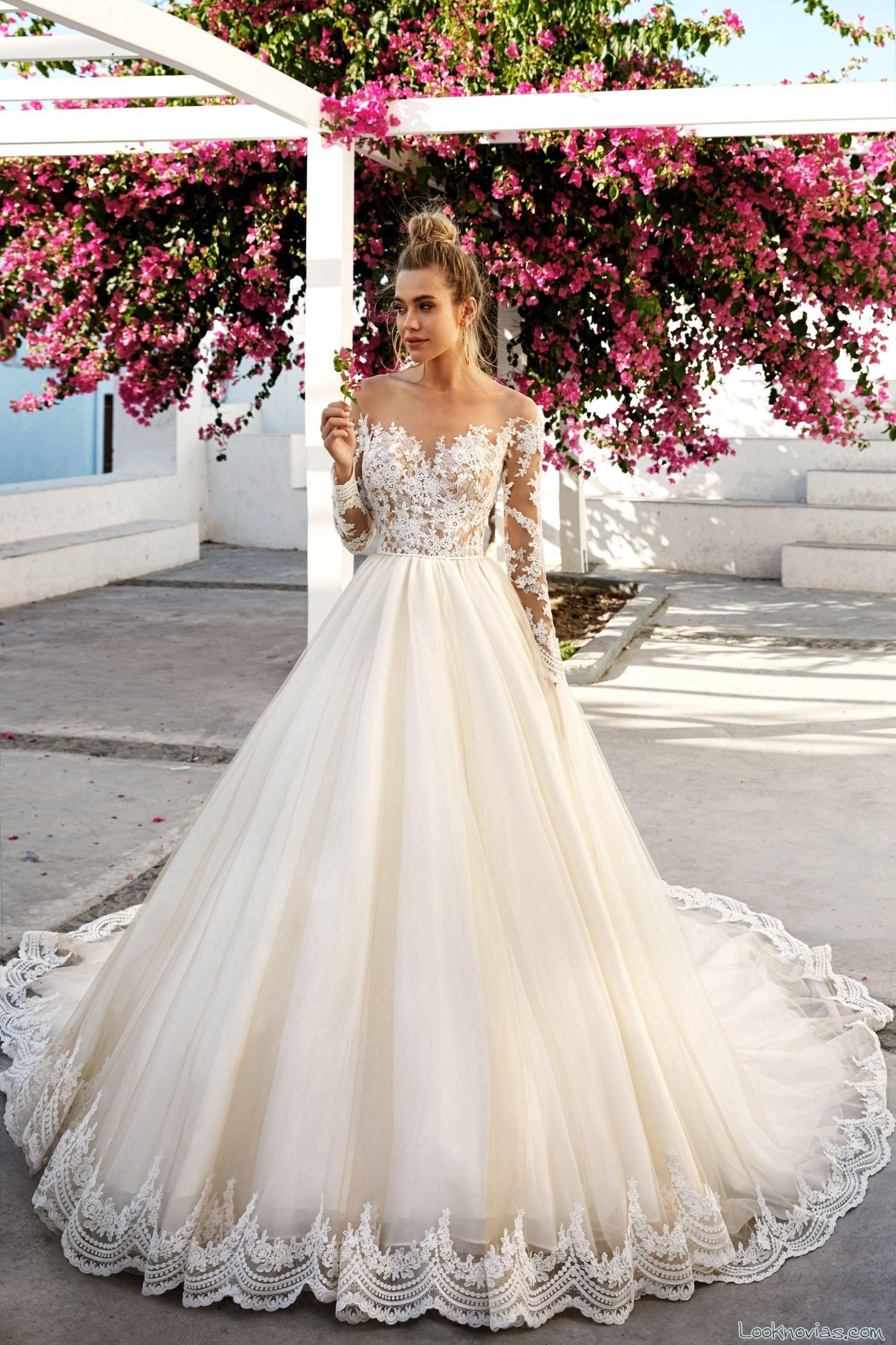 vestido novias con gasa y bordados