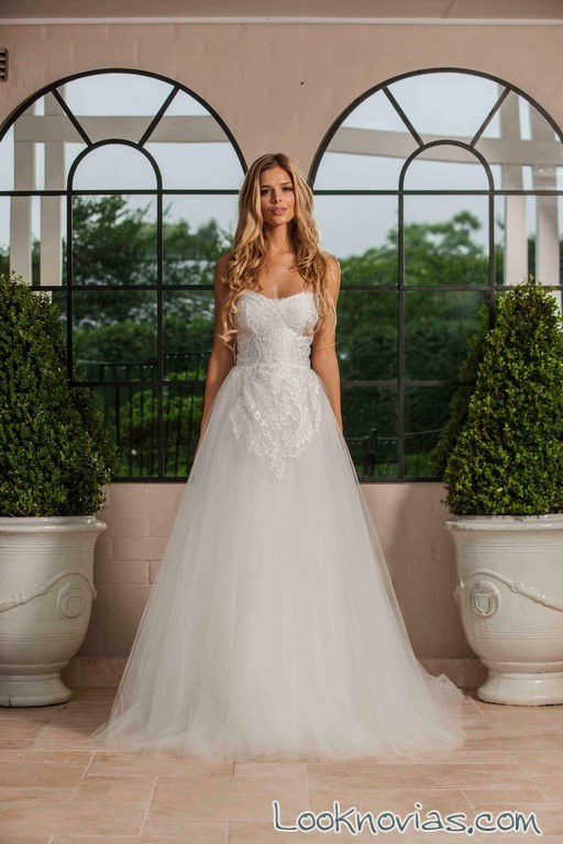 vestido novias cuerpo encajes