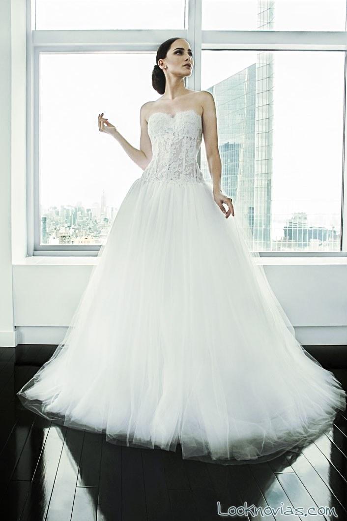 vestido novias cuerpo transparencias falda de tul