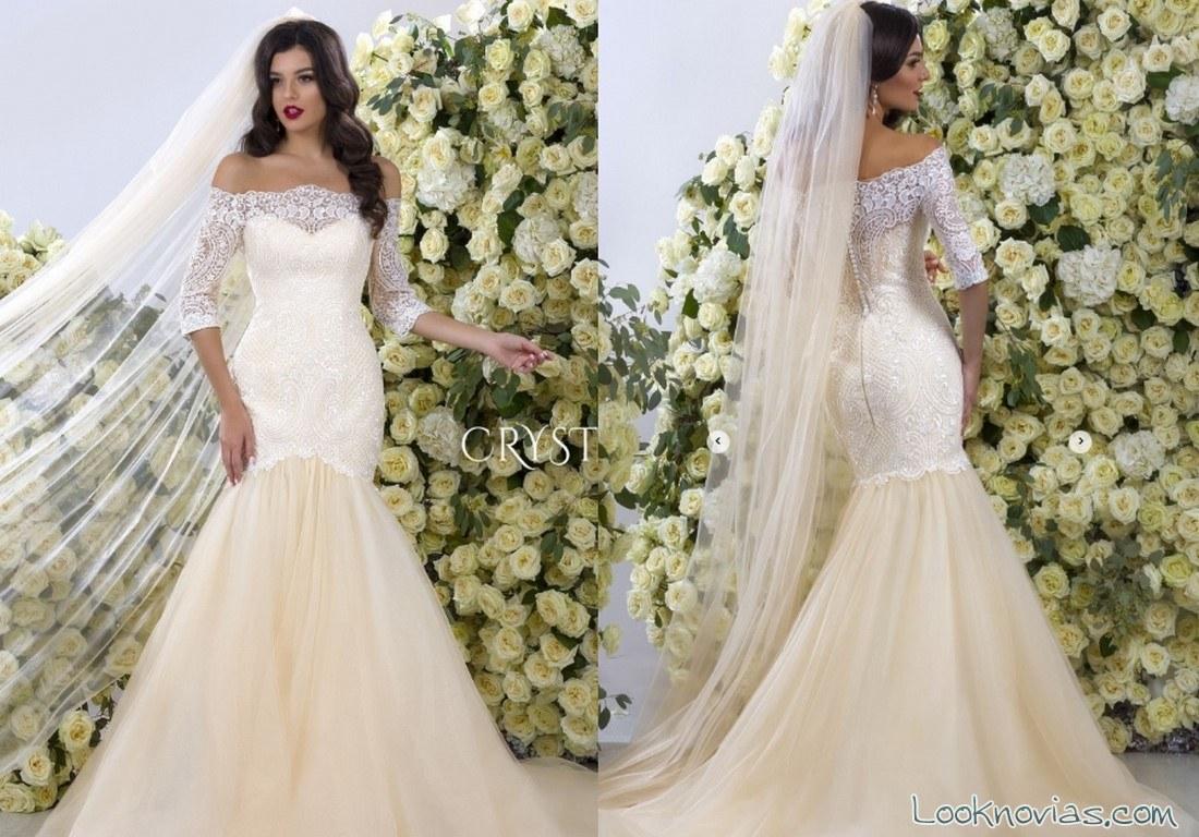 vestido novias en blanco con mangas