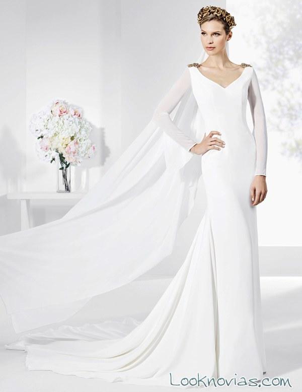 vestido novias franc sarabia con capa