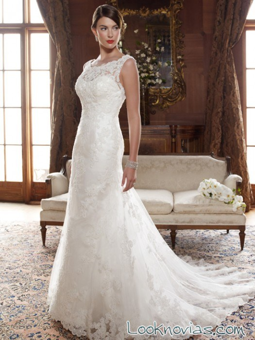 vestido para novia casablanca con escote de encaje