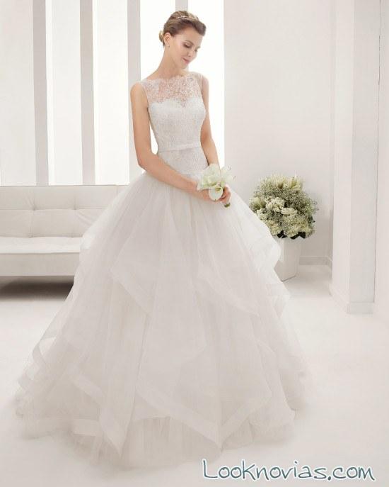 vestidos con escote de alma novia