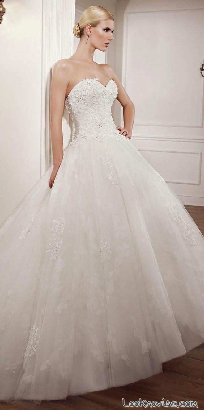 vestido princesa con escote de elianna moore