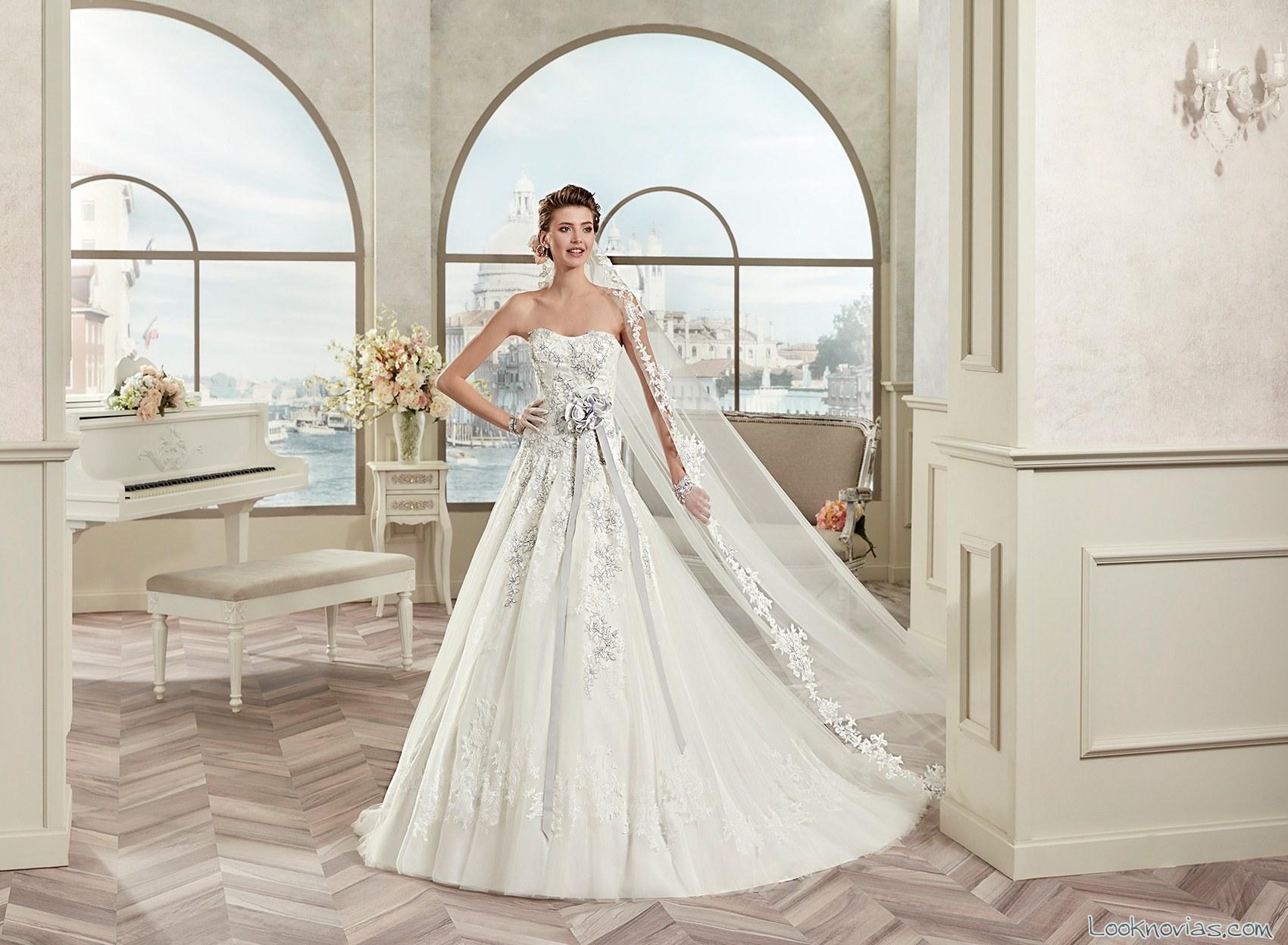 vestido princesa de novia con encajes en color