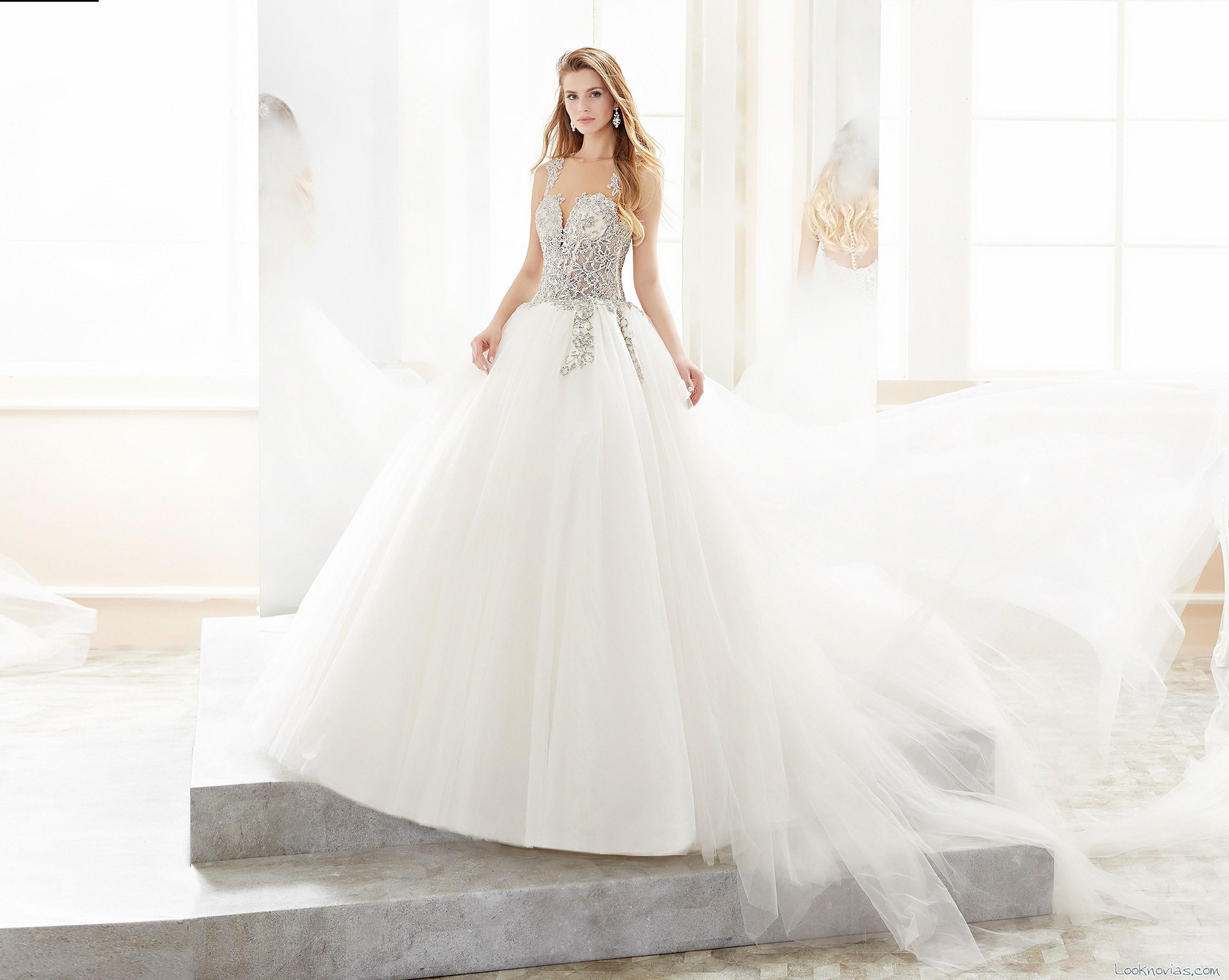vestido princesa falda varias capas romance 2018