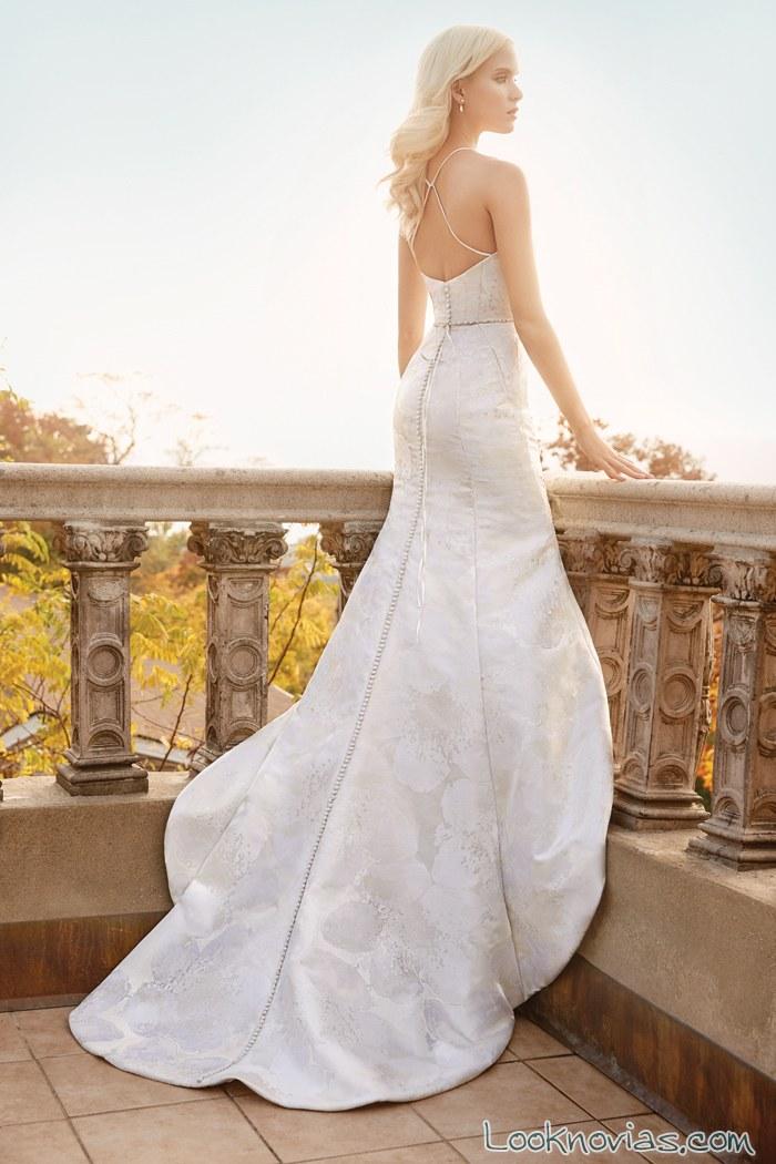 vestido recto de cola novias primavera 2016