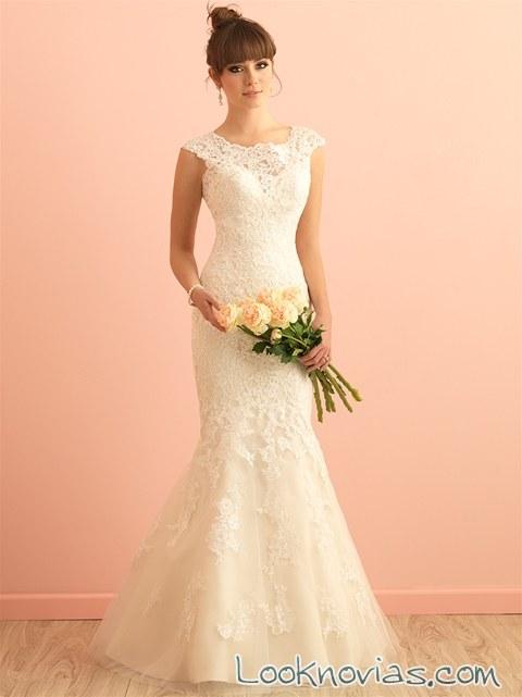 vestido recto de novia con escote a barco