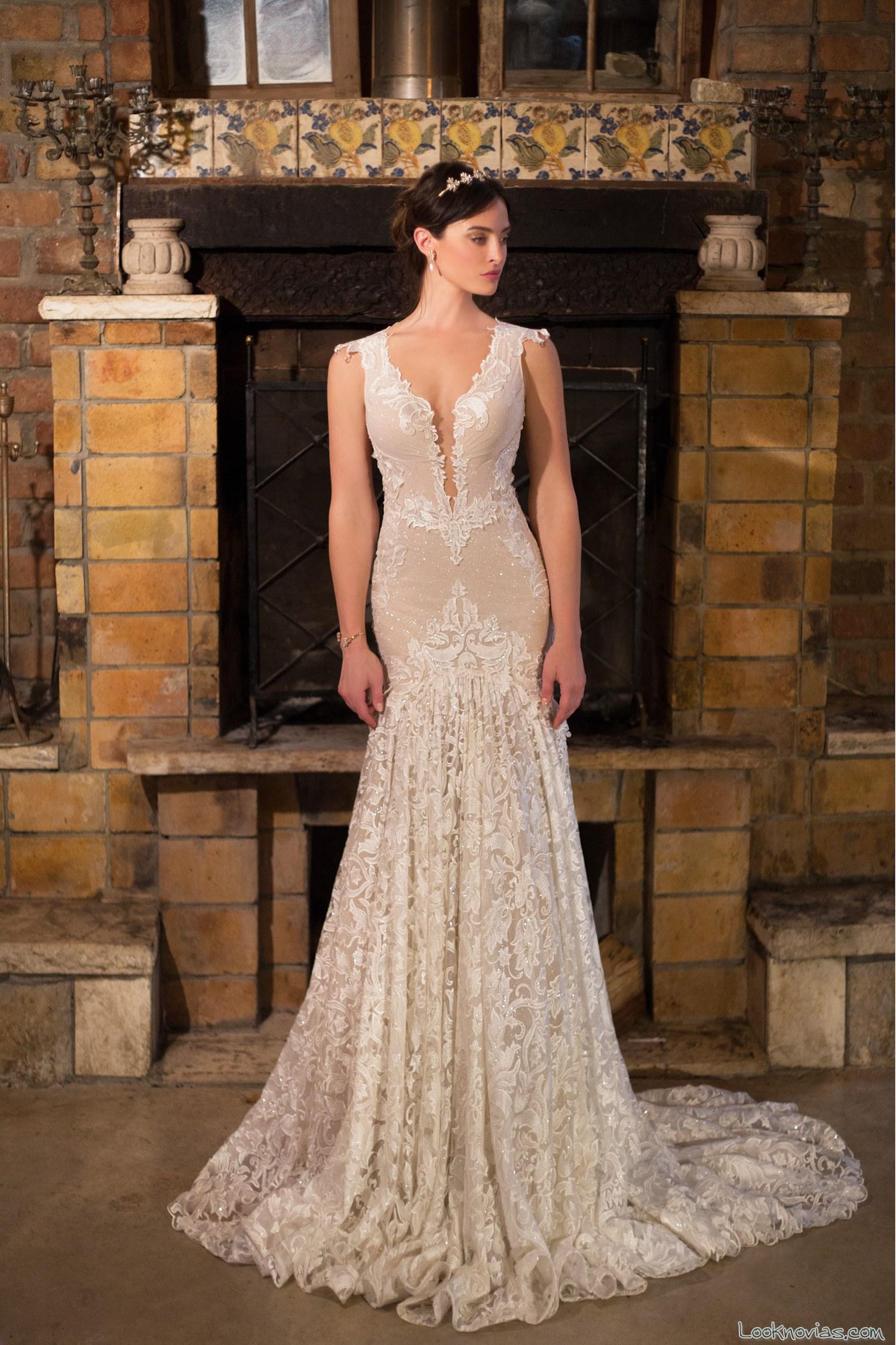 vestido recto elegante y sensual para novias