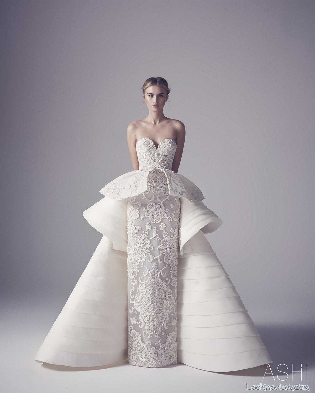 vestido recto novia con capa