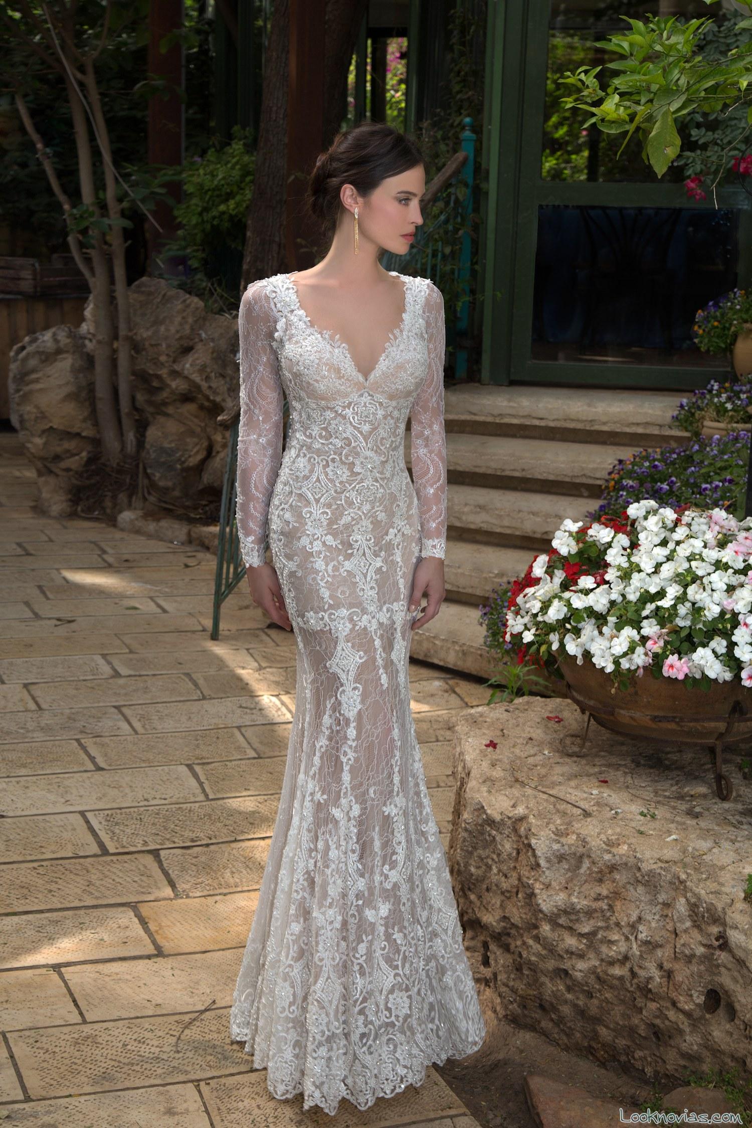 vestido recto novias naam anat con encajes