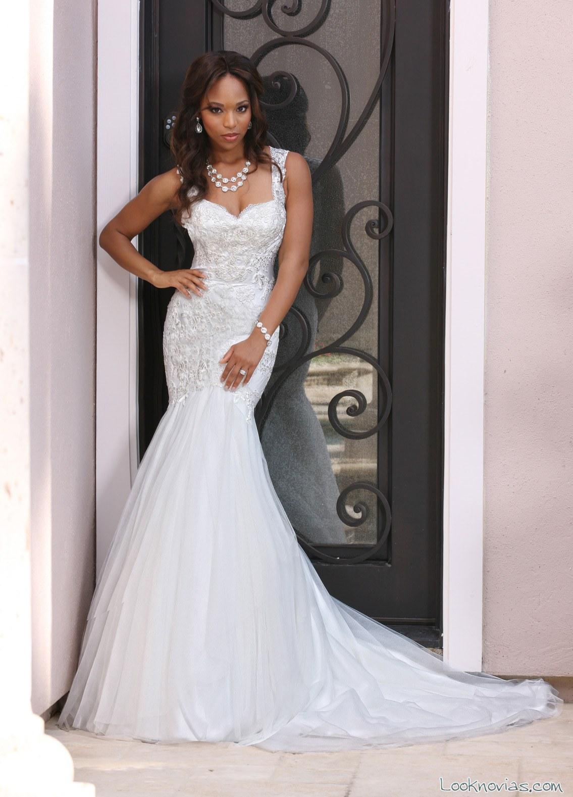 vestido recto satinado de novia