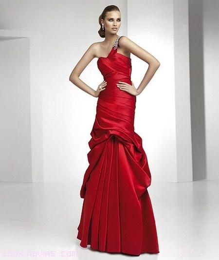 Vestidos de fiesta: Pronovias 2012