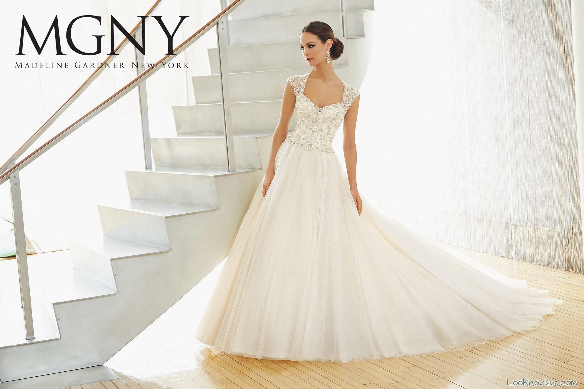 vestido romántico MDNY
