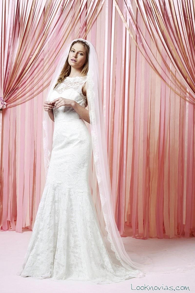 Hermosa Diseñador De Vestido De Novia Boho Ideas Ornamento ...
