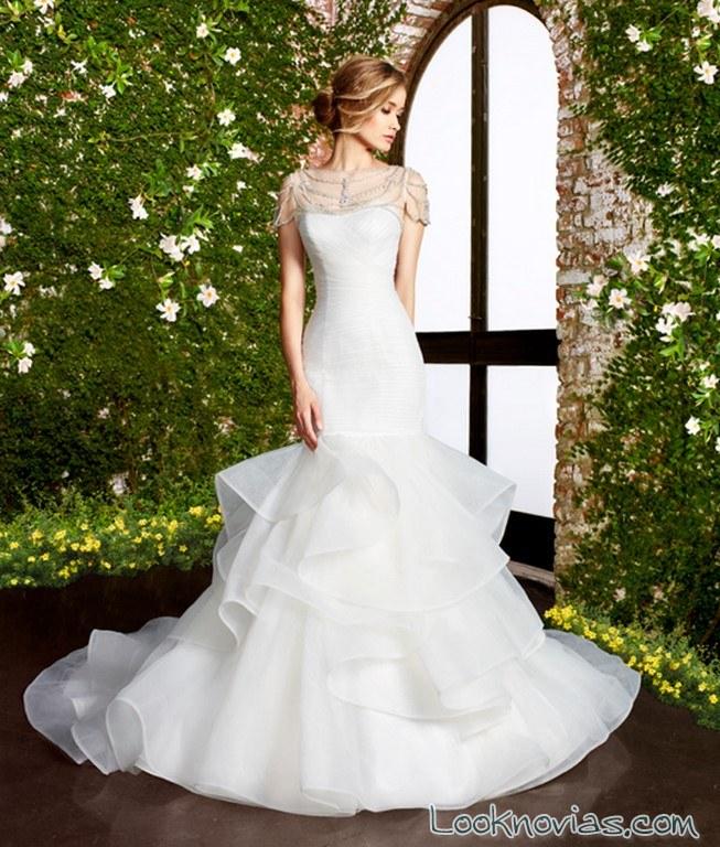 vestido sirena con volantes novias moonlight bridal