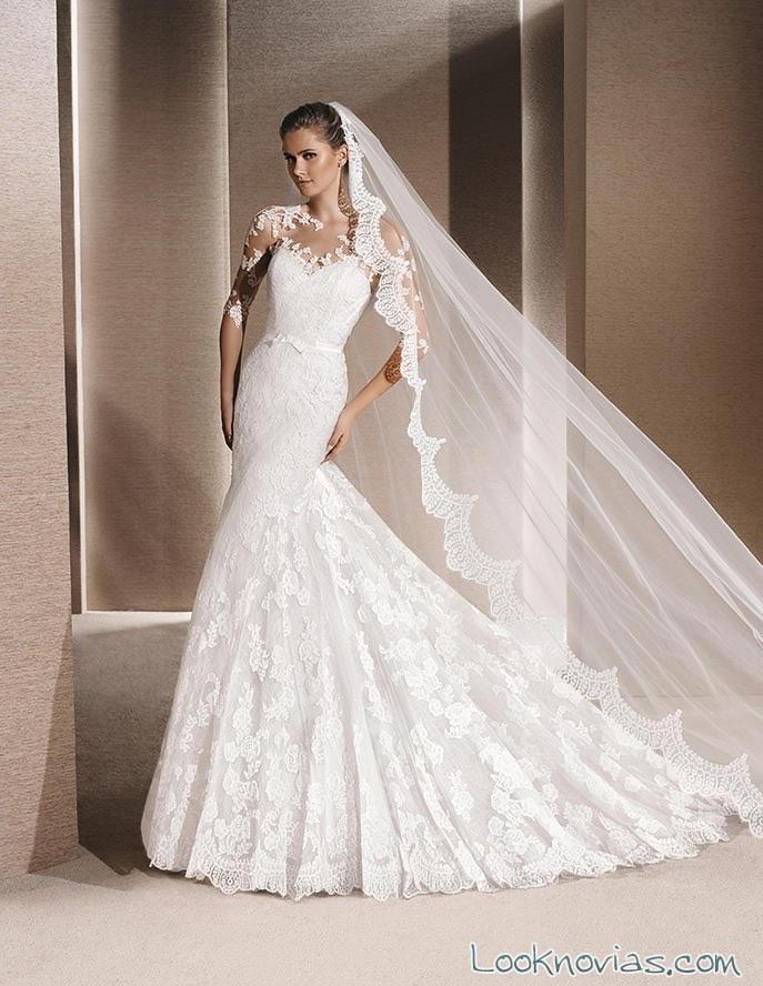 vestido sposa con velo de encaje