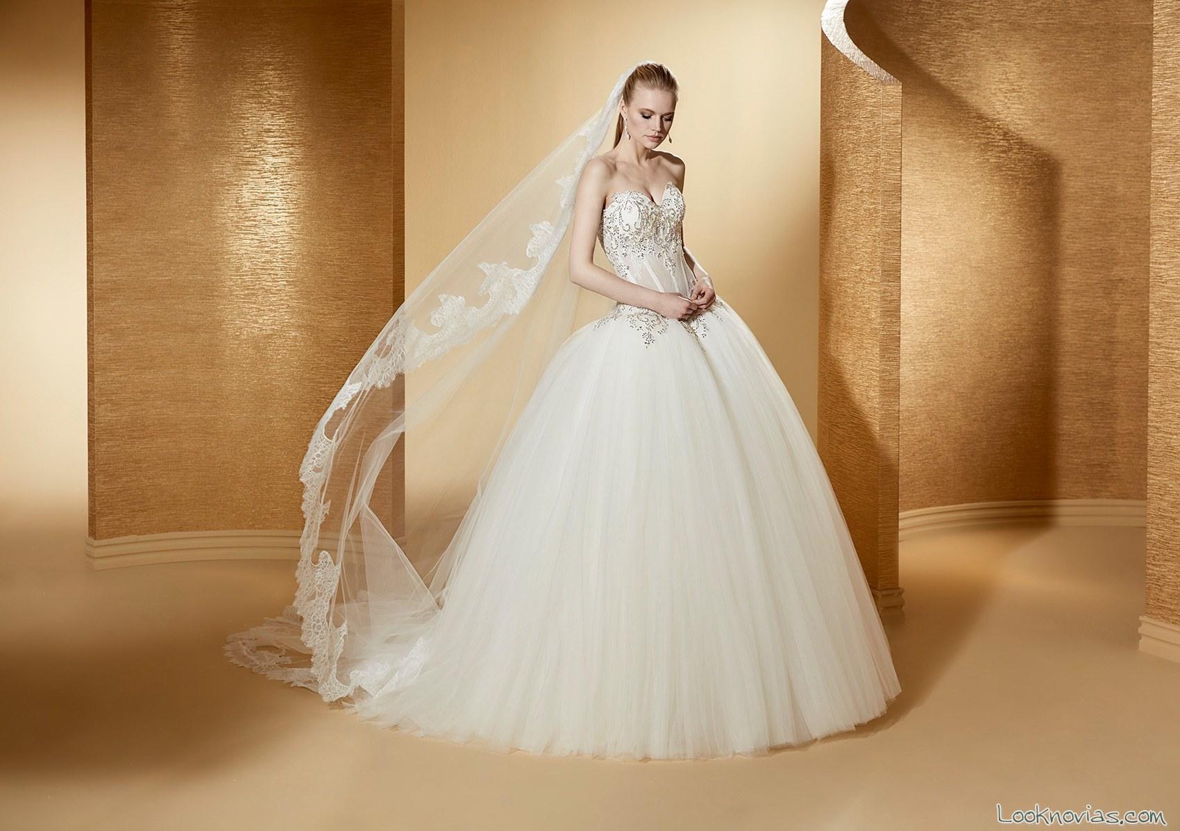 vestido strapless nicole novias